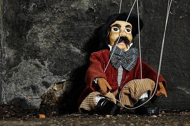 puppet show prague