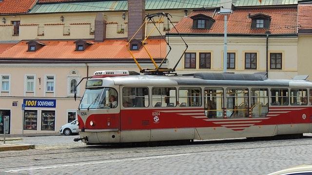 public transport prague