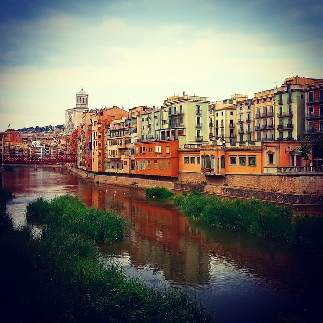 Girona with kids